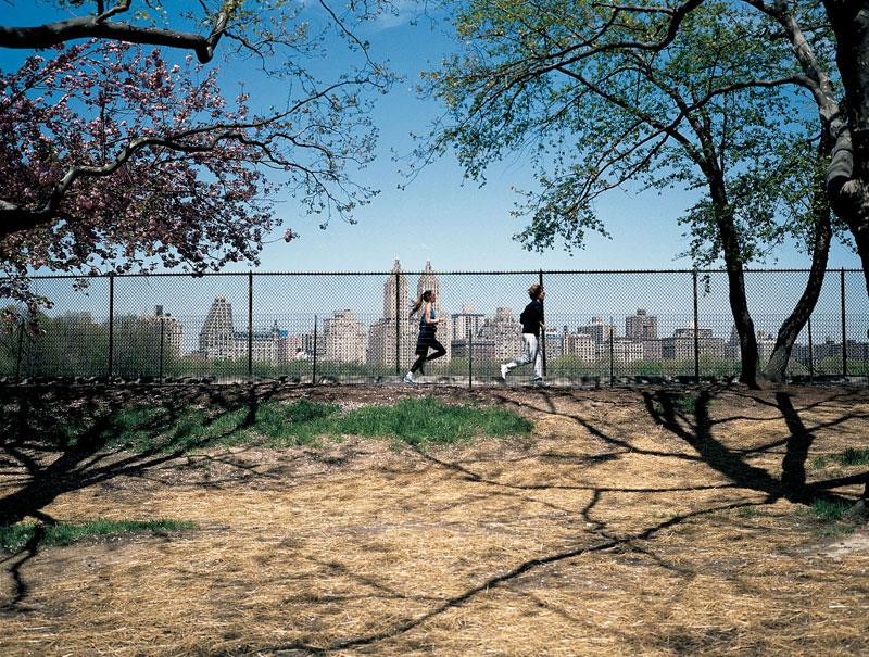 JOGGERS,-New-York-001,-1999.jpg